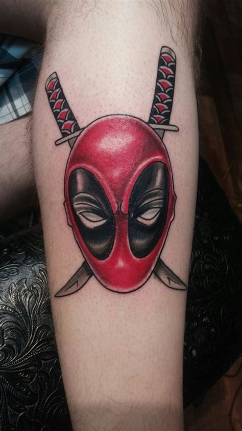 deadpool tattoo ideas best 25 deadpool ideas on deadpool