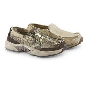 rugged shark rugged shark s annapolis 3 slip on boat shoes 283581