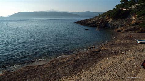 appartamenti madonna di ciglio spiaggia della madonna delle grazie a capoliveri isola d elba