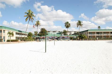 Wyndham Garden Fort Myers by View From Of Pincers Tiki Bar Hotel Picture Of