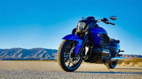Honda Valkyrie Review by 2016 Honda Gold Wing Valkyrie Honda Motorcycles Reviews