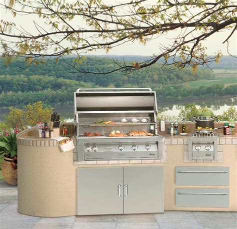 30 Outdoor Kitchens And Grilling Stations | 30 outdoor kitchens and grilling stations