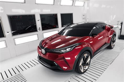 Toyota Hours Toyota To Enter Racing Version Of C Hr Cuv In Nurburgring