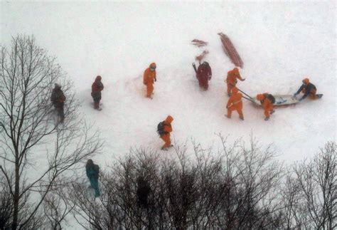 The Snow Falling Into My Wings Vol 1 after avalanche rescuers ask why high school club was on mountain in bad weather the mainichi