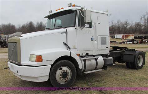 volvo wia semi truck item  sold march  midwe