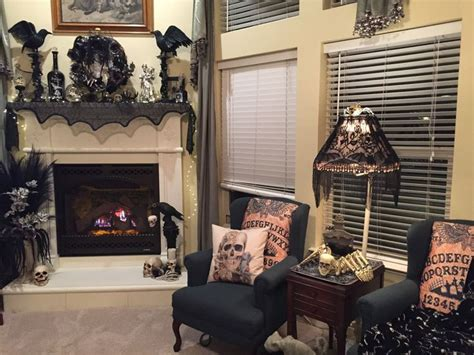 halloween themed rooms 1000 ideas about gothic home decor on pinterest gothic