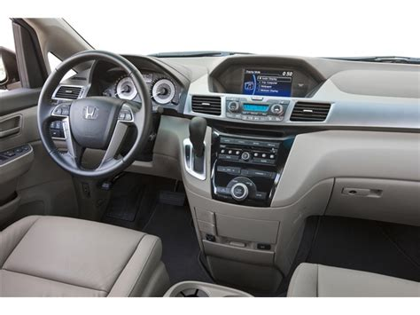 honda 2013 interior 2013 honda odyssey 5dr lx specs and features u s news