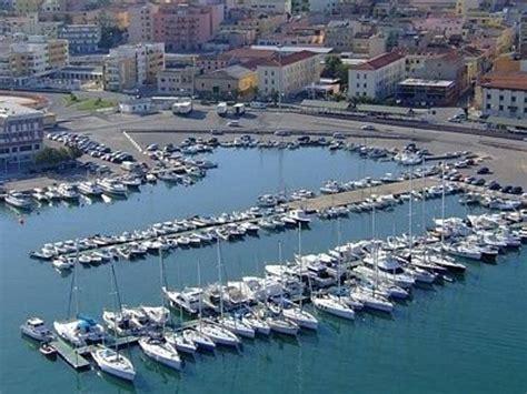 cormorano porto torres puertos grande porto commerciale porto torres
