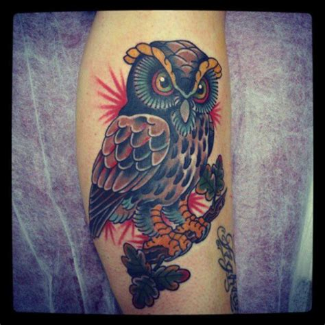 tattoo old school hibou signification tatouage bras old school hibou par bonic cadaver