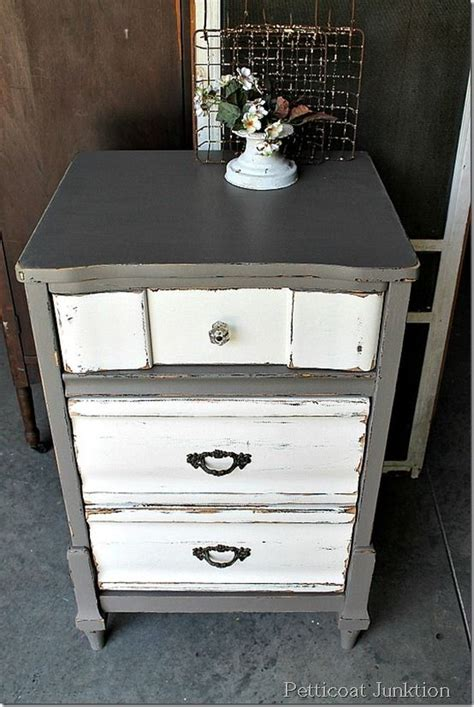 25 best ideas about distressed gray distressed dresser rinceweb