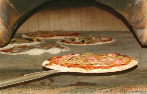 offerte cameriere roma pizzeria spontini assume camerieri fattorini pizzaioli