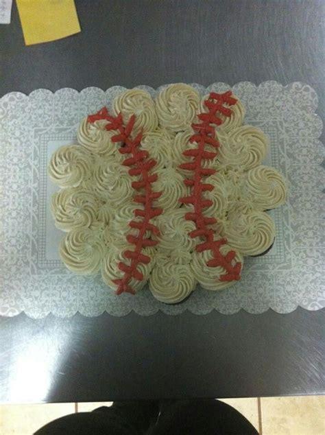 pull apart cupcake cake for bridal shower decorated pull apart baby shower cakes bridal shower