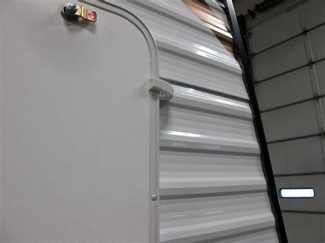 Rv Baggage Door by Camco Rv Baggage Door Catches Polar White Qty 2 Camco