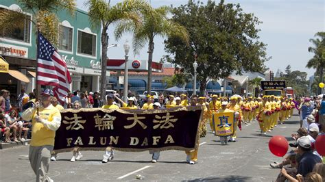 Practitioners In California Indiana And New Jersey Indiana Reels From Parade Float