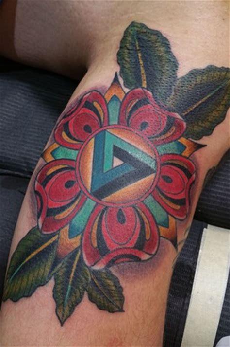 geometric tattoo chicago animal farm tattoo chicago
