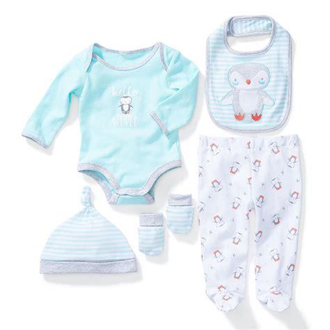 per neonato corredino neonato cosa si deve portare in ospedale