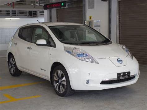 nissan leaf singapore new nissan leaf electric photos pictures singapore stcars