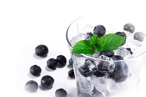 Blueberry Pomegranate Detox by 13 Liquors And Cocktails You Need To Try