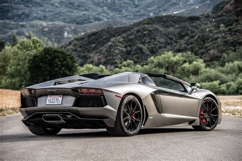 lamborghini aventador lp700 4 roadster dark silver 169 automotiveblogz lamborghini aventador lp 700 4 roadster review 2015