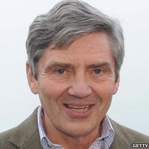 michael middleton bbc news royal wedding family tree