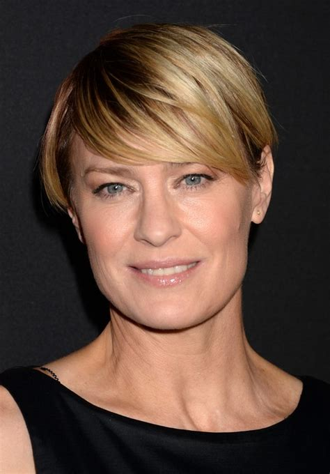 how to get robin wright pixie cut robin wright short pixie cut with side swept bangs for