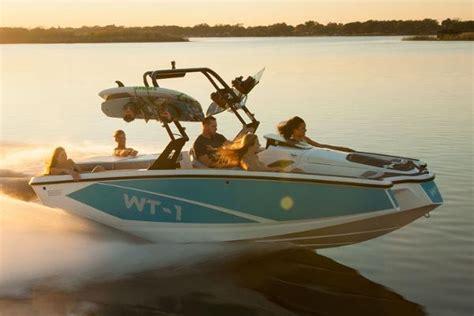 heyday boat quality heyday ski boats newwt 1 boattest