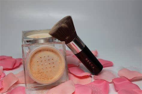 becca soft light blurring powder becca soft light blurring powder and soft kabuki brush