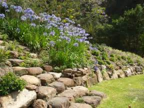 Rock Garden Wall Ilandscape Products Rock Wall And Garden Landscapes Coast