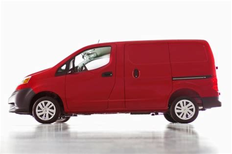 nissan cargo van 2016 2016 nissan nv200 options features packages