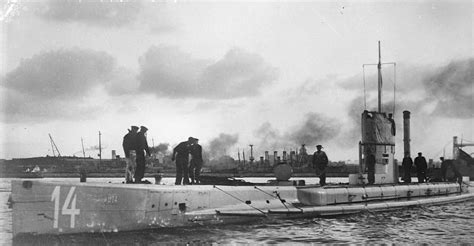 u boat submarine warfare unrestricted submarine warfare wikipedia