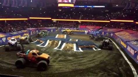 Monster Jam Allstate Arena 2015 Youtube