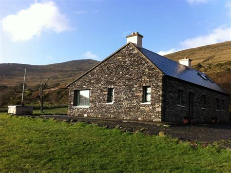 traditional irish cottage offering homeaway waterville