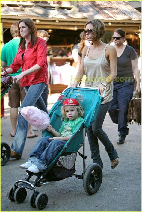 Beckhams Hit Disneyland by Vix Gets Tix To Disneyland Photo 2418045