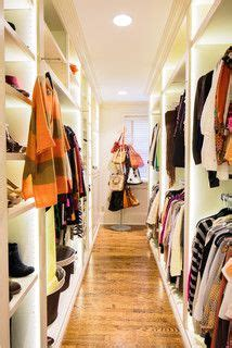 How Wide Should A Walk In Closet Be by 1000 Images About Creative Closets On Closet
