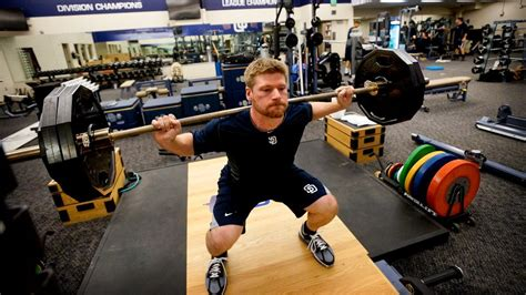 baseball players bench press the 10 key weight training exercises for mlb edge si com