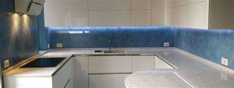 attraente Parquet Cucina E Bagno #1: cucina-rivestimento-cemento-strutturato-colore-a-campione-meyz0u9en0ty1k02nco8cl4voza2wmx94zcxp2ocy0.jpg
