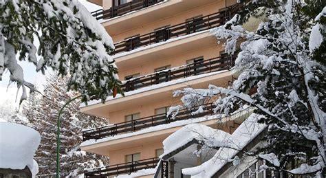 la terrazza sauze d oulx ski holidays in hotel la terrazza sauze d oulx italy