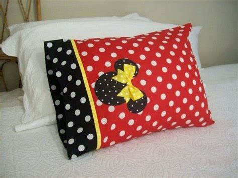 Minnie Mouse Pillow Cases by The World S Catalog Of Ideas