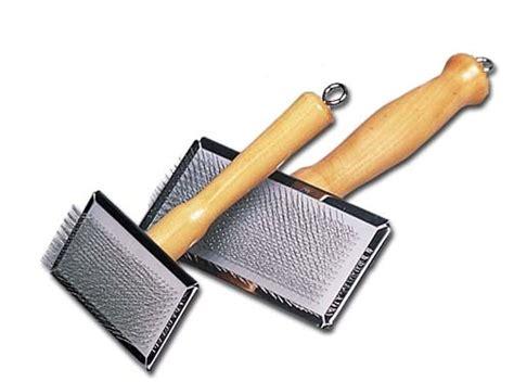 slicker brush for dogs slicker brush