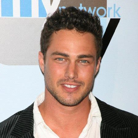 taylor kinney bio nationality ethnicity affairs