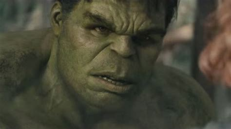 mark ruffalo says expect a different hulk in avengers