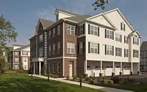 Garden Apartments Island Garden City Apartments In Nassau County New York Avalon