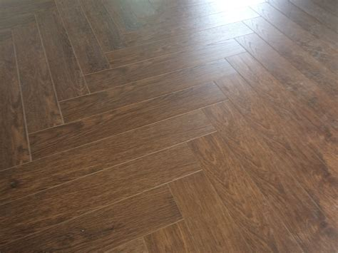 Laminated walnut herringbone wood blocks ? London Stock