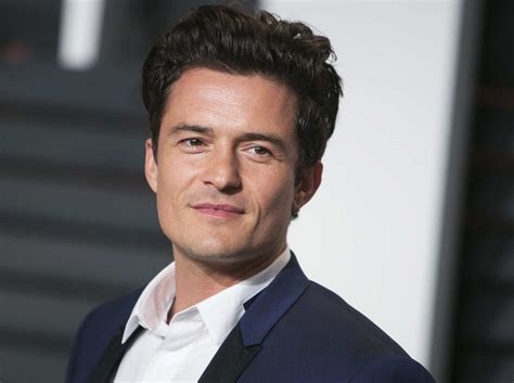 orlando bloom from orlando bloom now has really blond hair and we can t