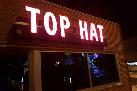 top hat bar sioux falls dive bar tour andy s top hat bar