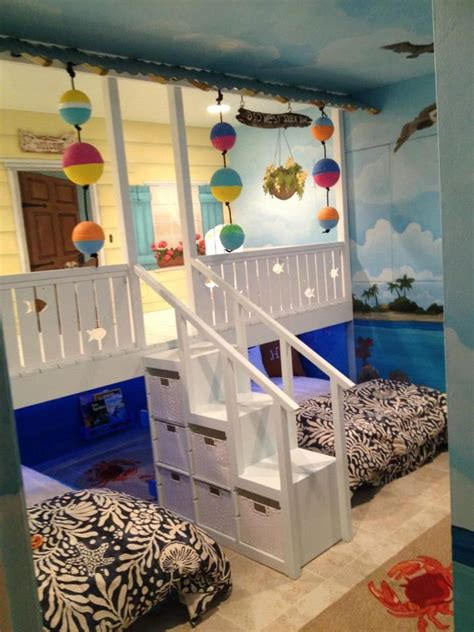 beach themed bedrooms for kids best 25 beach kids rooms ideas on pinterest beach style