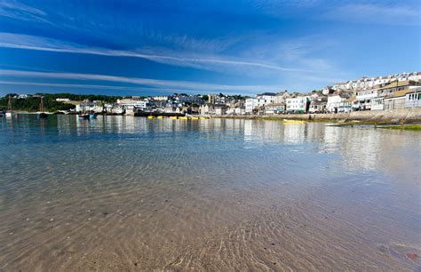 St Yves ives harbour cornwall guide