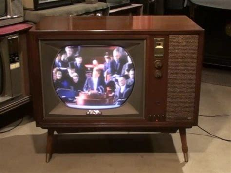 when did the color tv come out 1960 s sylvania type color tv doovi