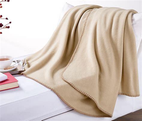 Fleece Decke Beige Bei Tchibo