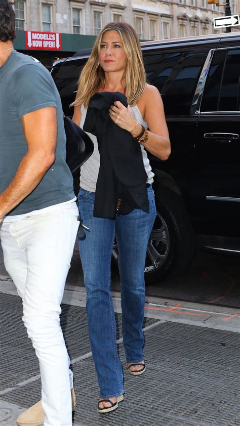 jennifer aniston casual jennifer aniston casual style out in new york city 6 21 2016